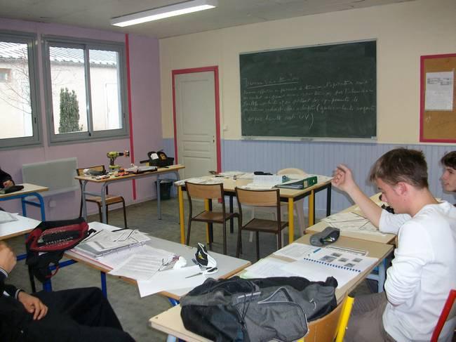 Une des 6 salles de classe