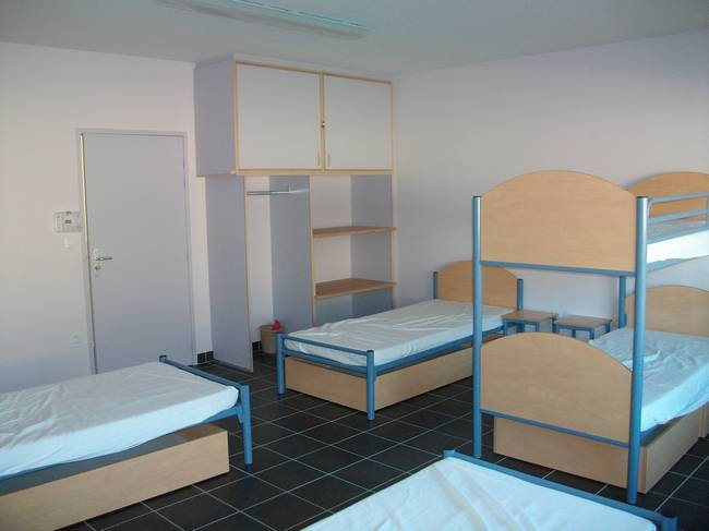 Une des 16 chambres à 6 lits
